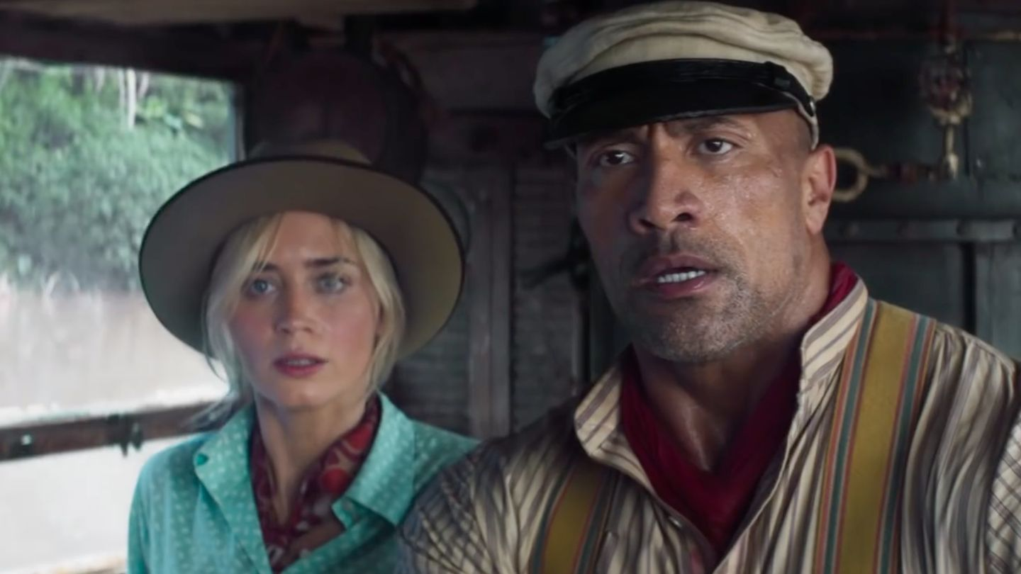See Emily Blunt Accidentally Punch Dwayne Johnson In The Encounter In New Jungle Cruise Trailer