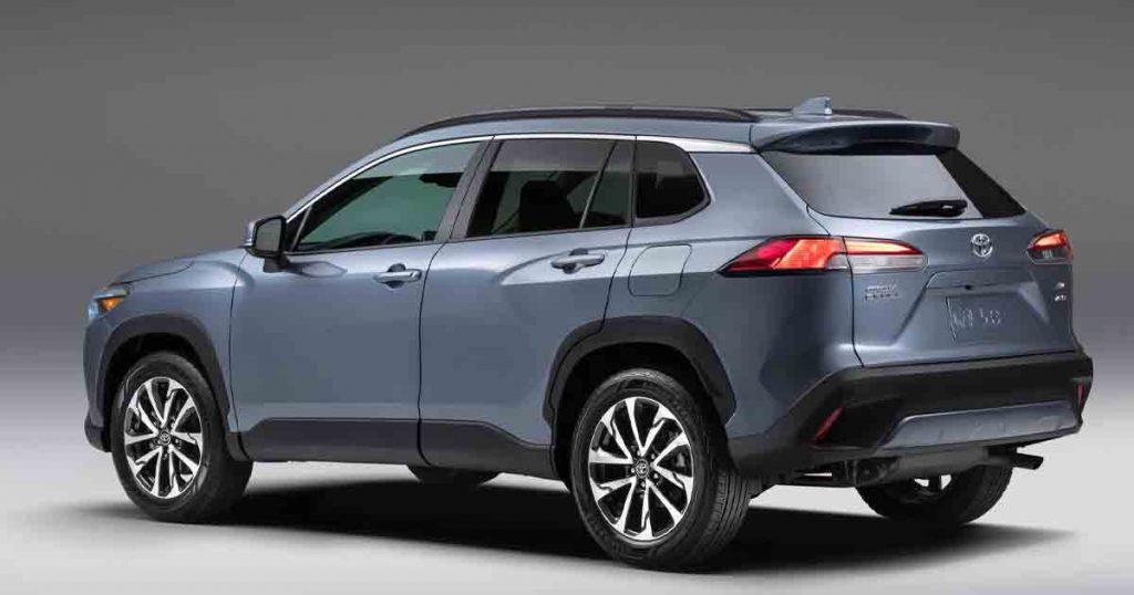 Toyota Cross Rear